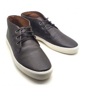 Bota Cano Curto em couro Dom Shoes