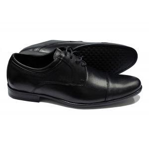 Sapato Social Classic Mens Club em Couro Bico com Costura