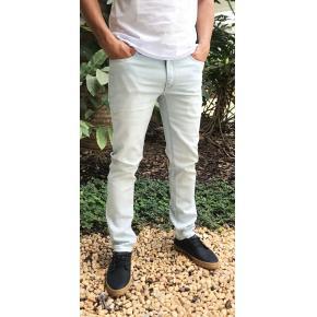 Calça Jeans Reserva Skinny mundo novo